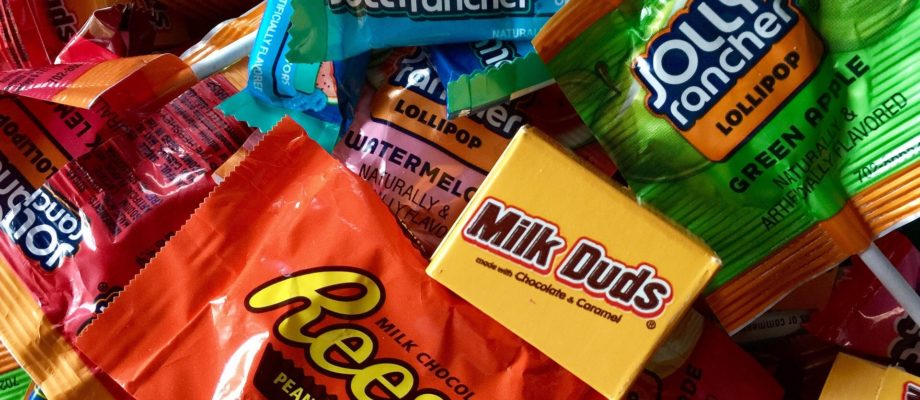 Don't Get Spooked…Tips for Navigating Halloween With Type 1 Diabetes or Food Allergies